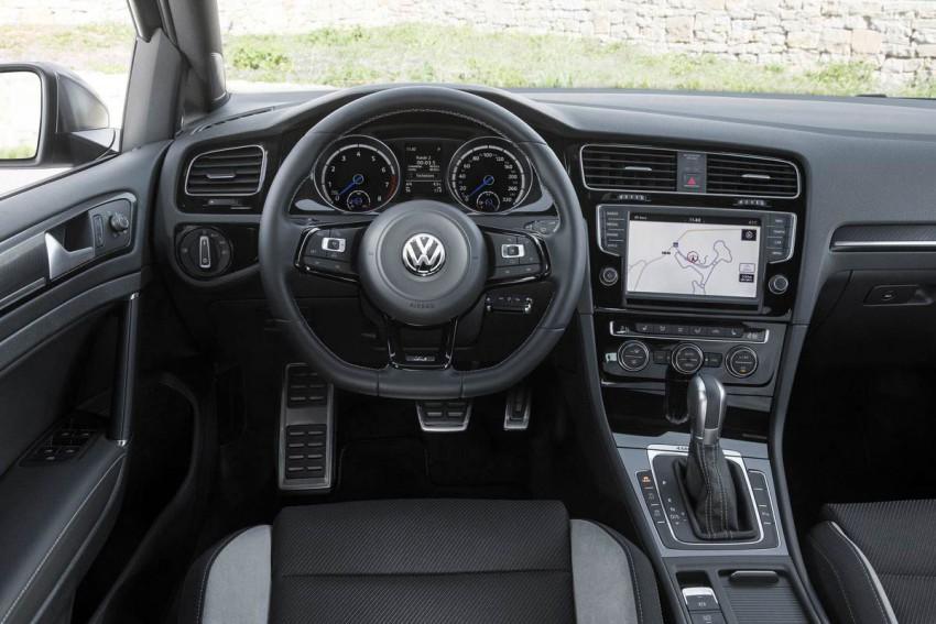 VW-Golf-R-Variant-(114)