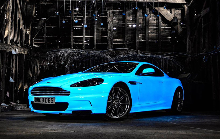 Aston-Martin-DBS-V12-Glow-Nevana-Designs-Gumball-3000-leuchtet-im-Dunkeln-05