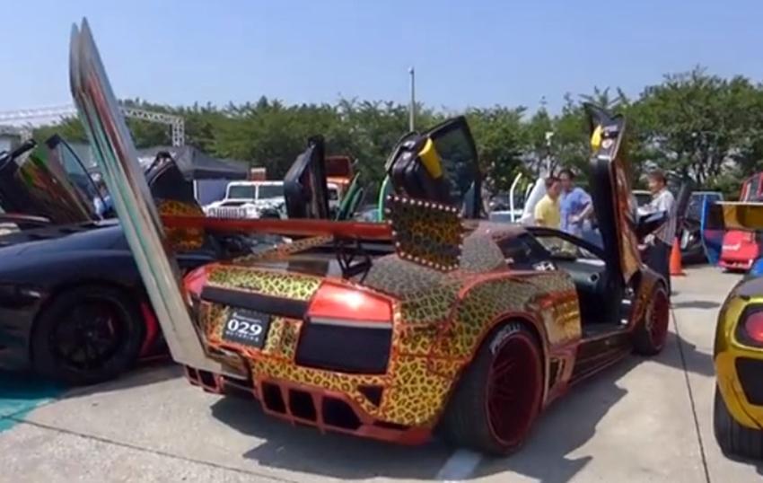 Bosozoku-Lamborghini-Japan-Tuning-Leopard-Nieten-Ofenrohr-Polizei-02