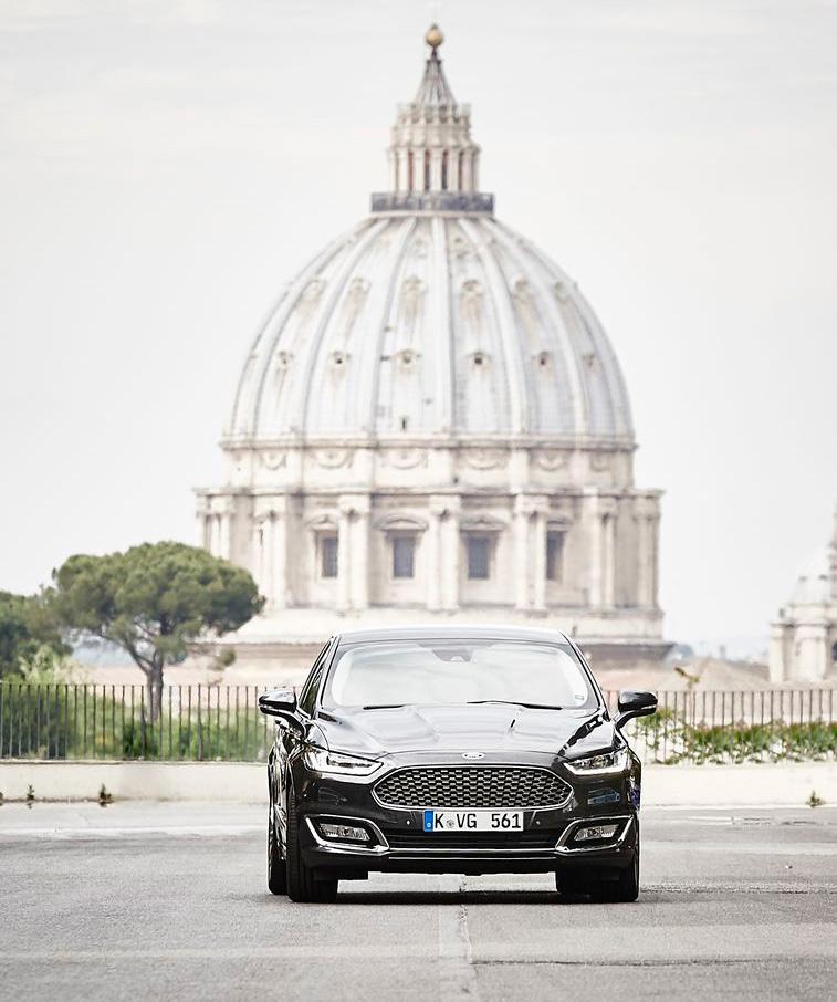 Ford-Mondeo-Vignale-(112)