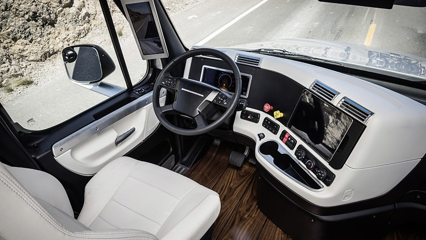 Freightliner Inspiration Trucks: Captain, mein Captain