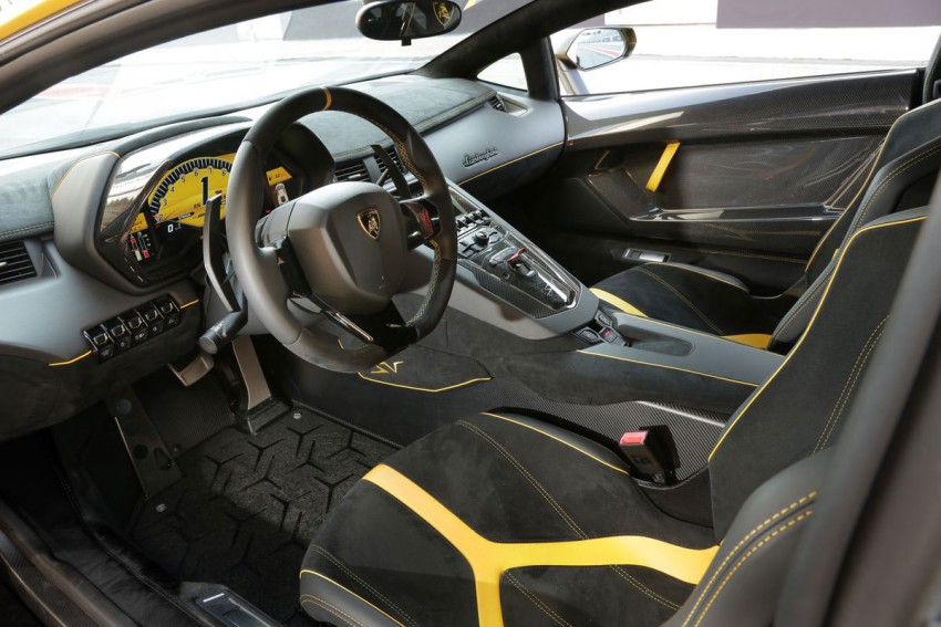 Lamborghini-Aventador-LP-750-4-Superveloce-(15)