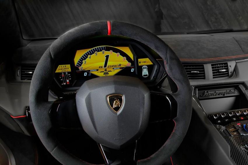 Lamborghini-Aventador-LP-750-4-Superveloce-(16)