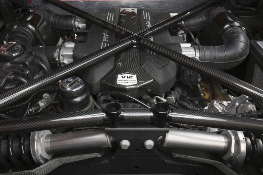 Lamborghini-Aventador-LP-750-4-Superveloce-(18)