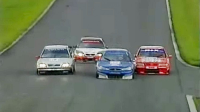 Flat out and fearless: Nigel Mansell sorgt für das beste Rennen der BTCC-Geschichte