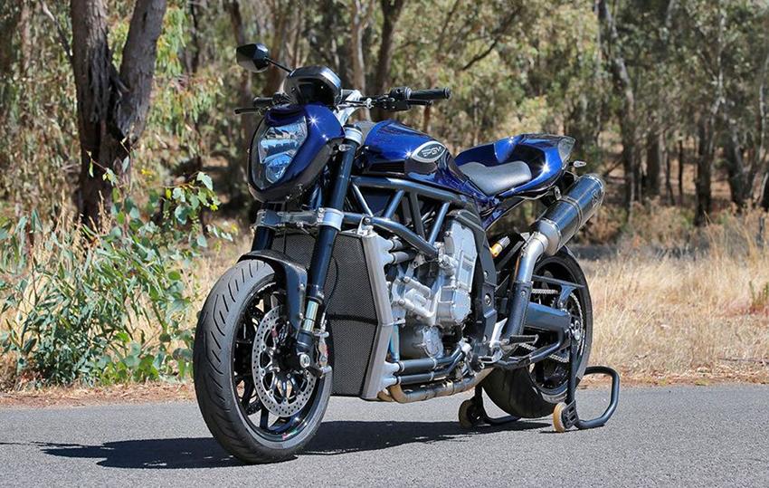 Auto moto revue online dating 3