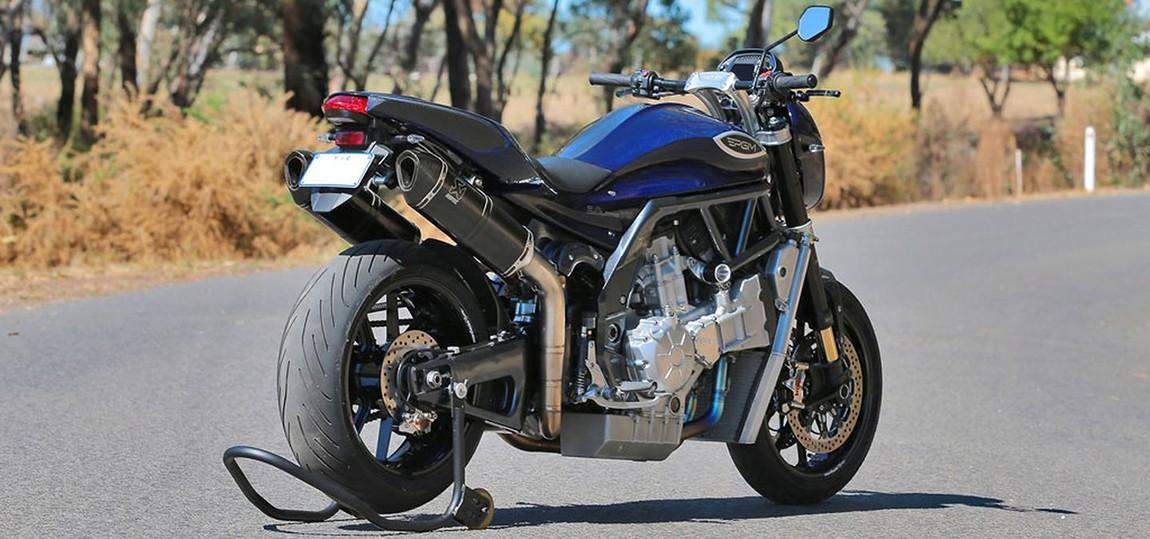 PGM-V8-Motorrad-Achtzylinder-03