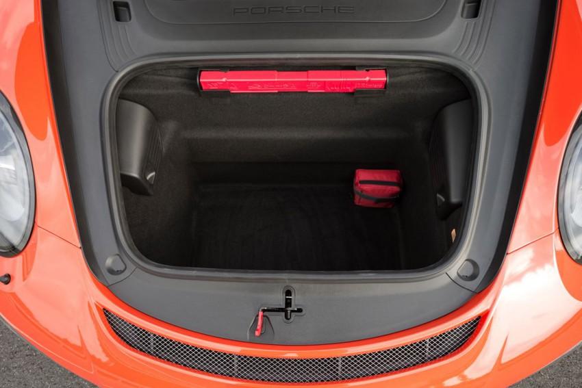 Porsche-911-GT3-RS-(113)