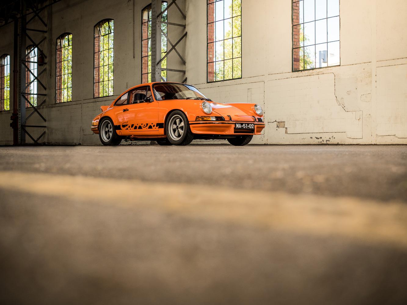 Porsche_911T-3-of-66