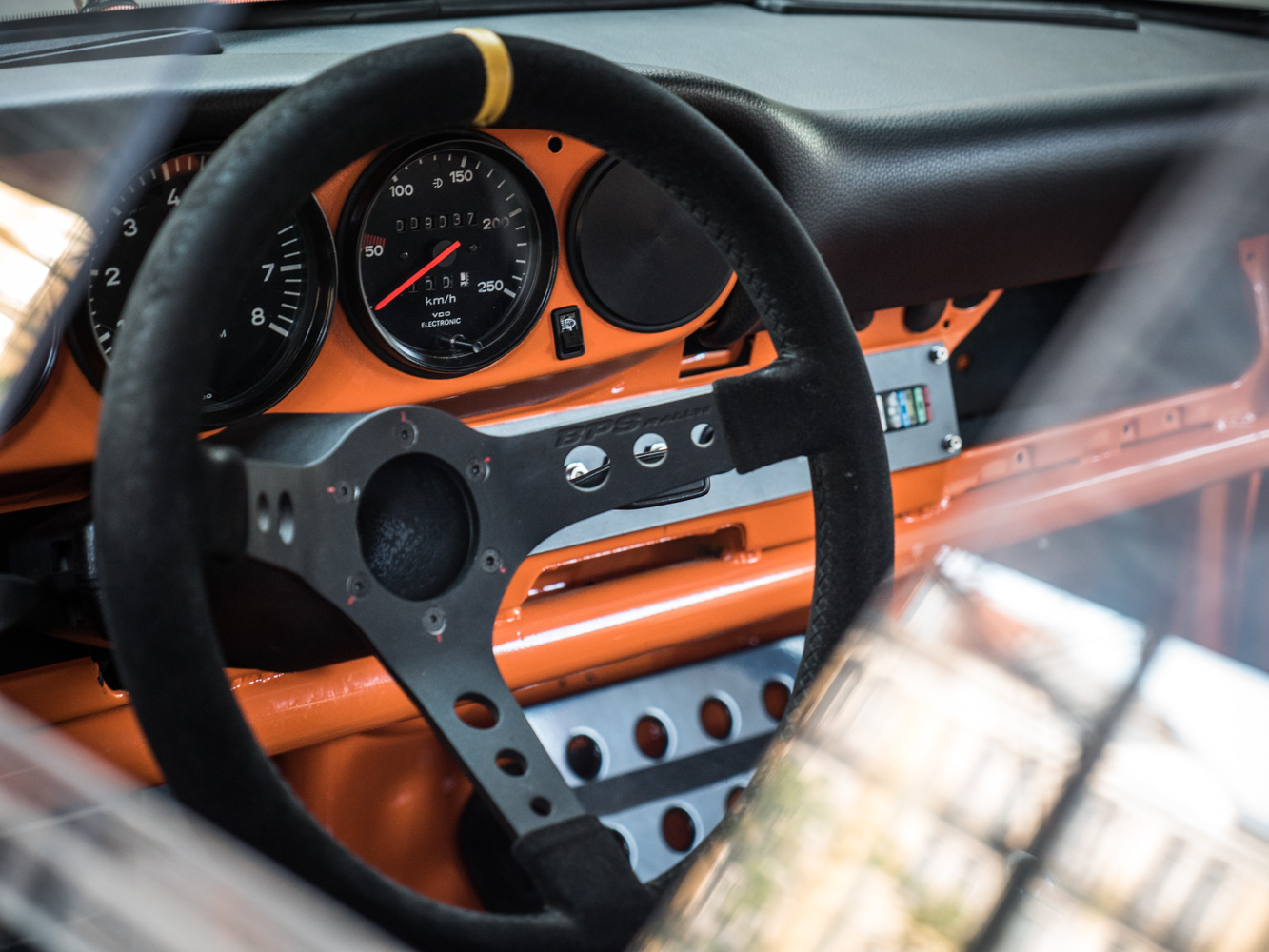 Porsche_911T-49-of-66