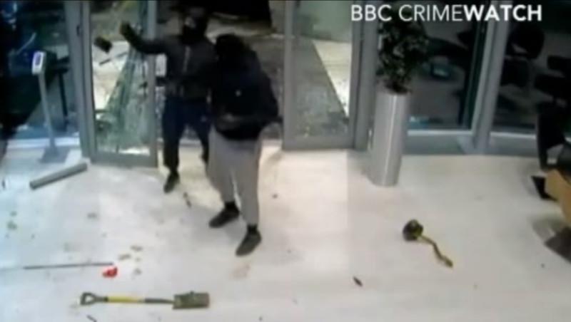 Red Bull-Trophäendiebstahl: 4 Verdächtige festgenommen