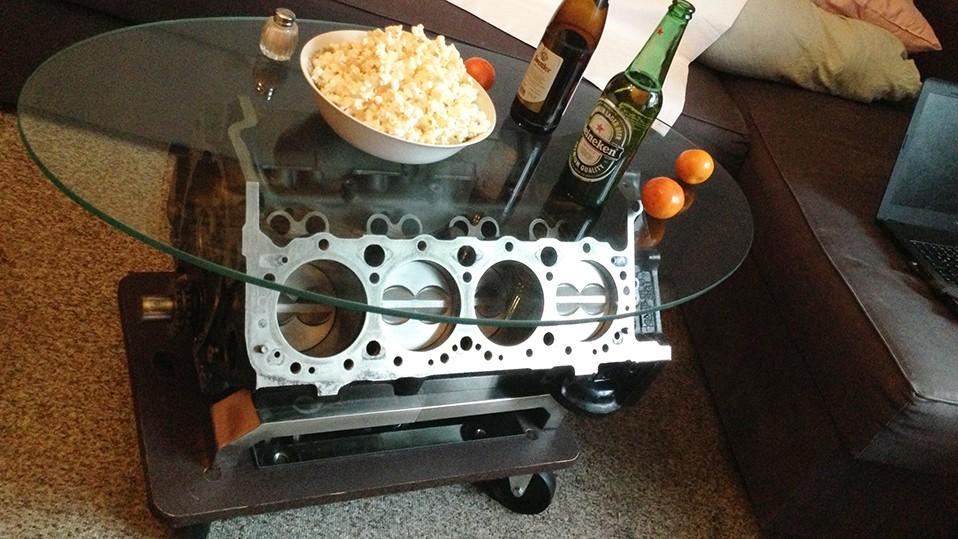 motor als tisch wo kann diesen tisch kaufen motor weinregal beistelltisch couchtisch tisch