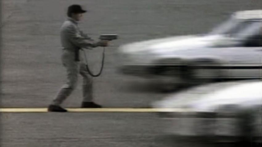 Volvo 740 Turbo vs. Porsche 944: für die Radarpistole kein Unterschied