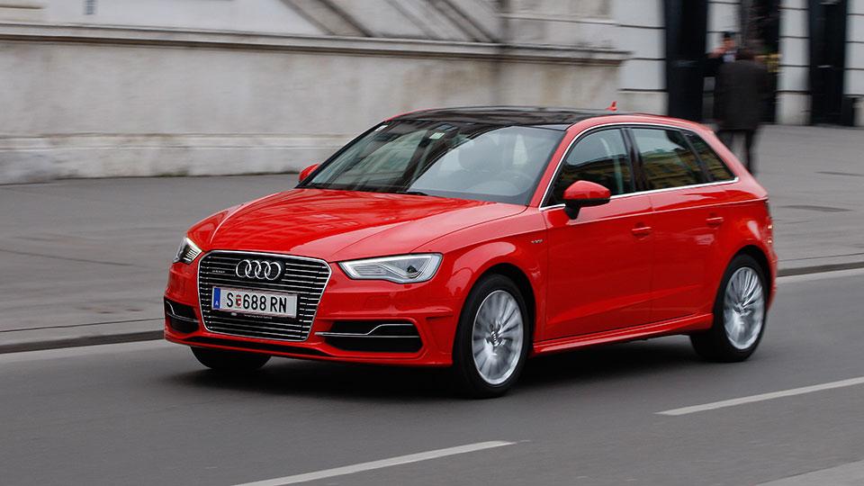 Audi-A3-e---tron--11-AR