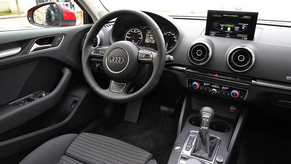 Audi-A3-e---tron--17-AR