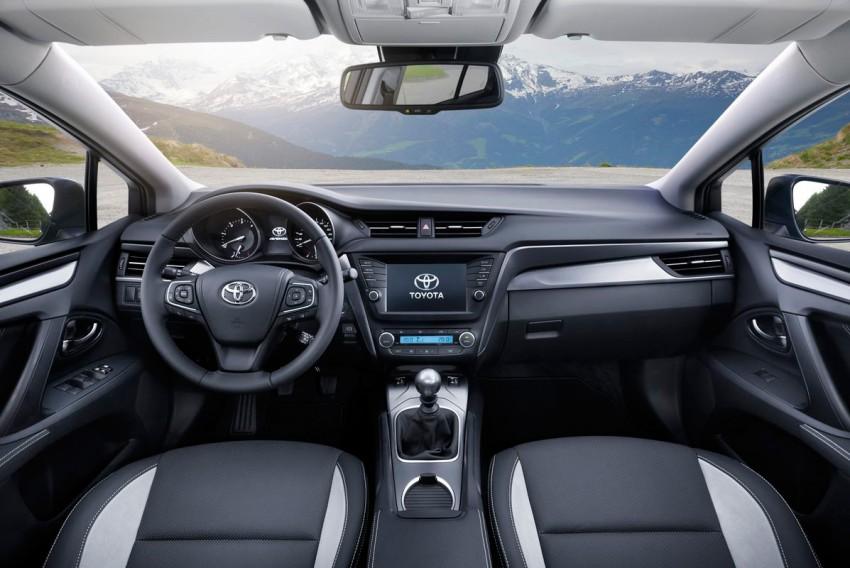 Toyota-Avensis-TS-(116)