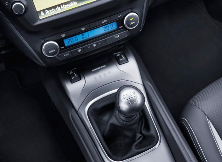Toyota-Avensis-TS-(118)