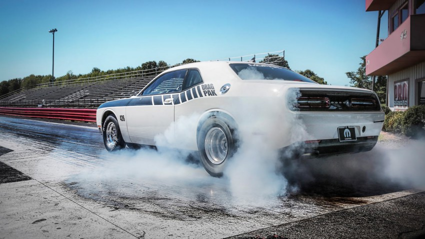 Dodge Challenger Drag Pak (2)