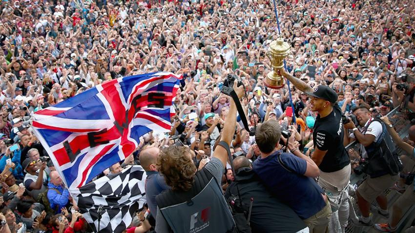 Formel 1: Heimtriumph von Hamilton in schwierigem Silverstone-Rennen
