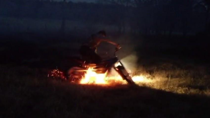 motorrad-feuer
