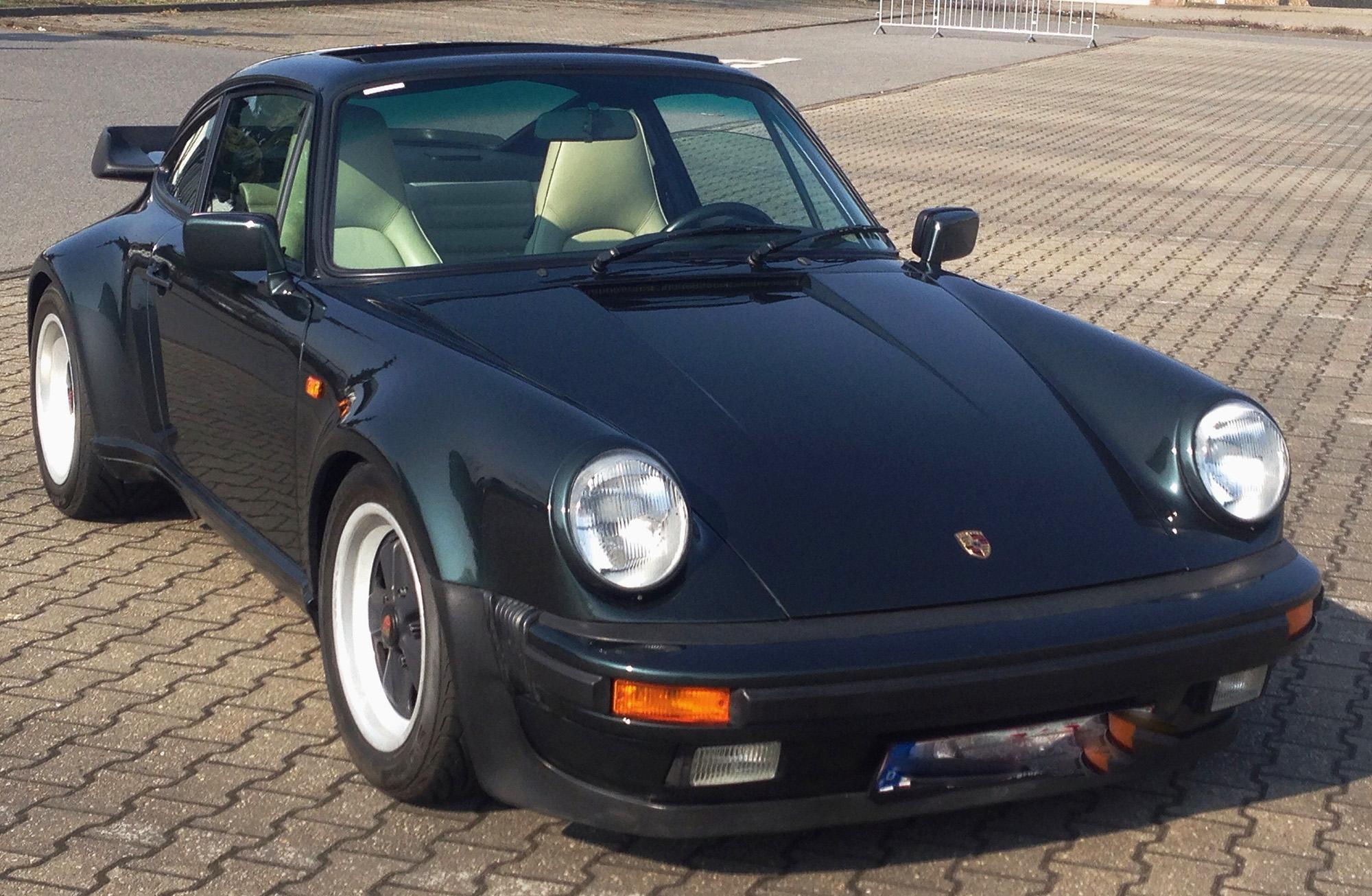 Porsche 911 M470 g modell 1987 g50 nilgrün 2