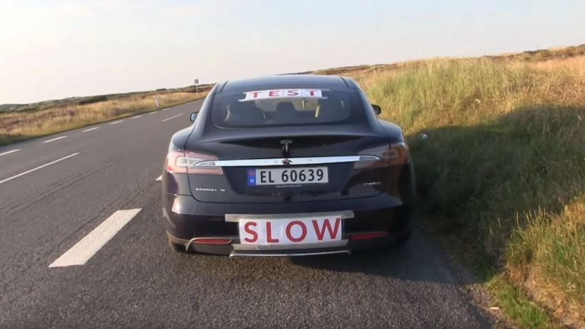 Mit einer Ladung: Tesla fährt 728,7 km weit