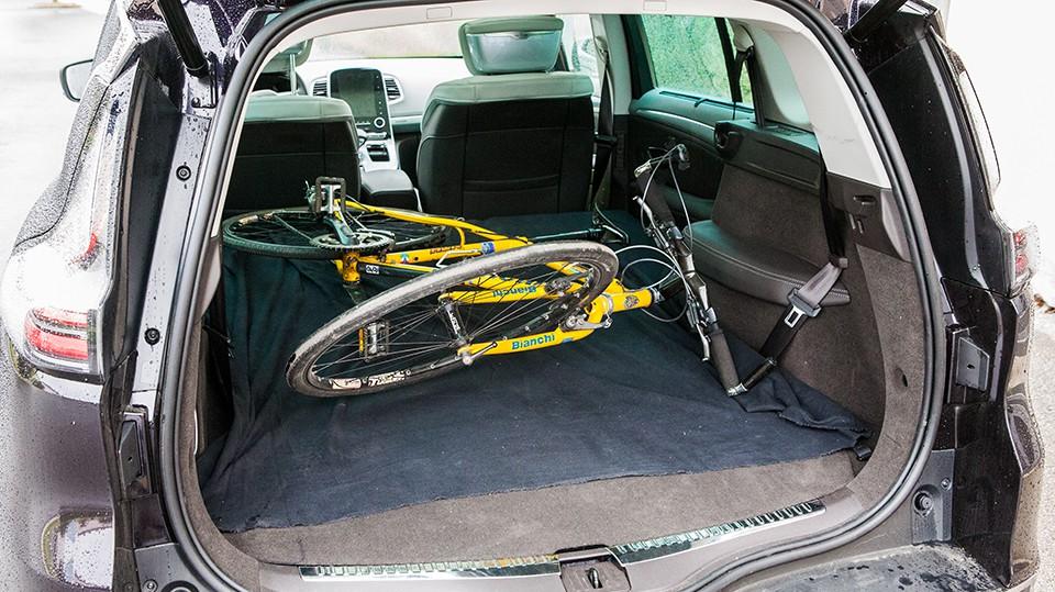 Fahrradtransport-im-Auto-4