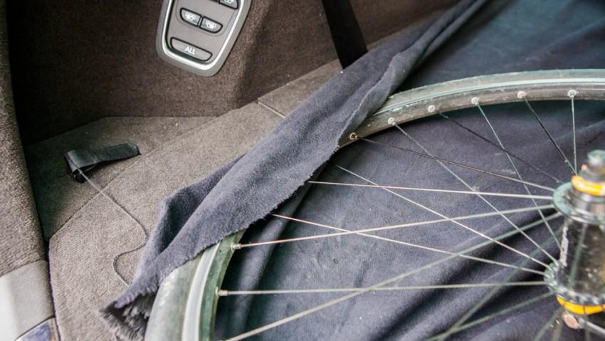 Fahrradtransport-im-Auto-5