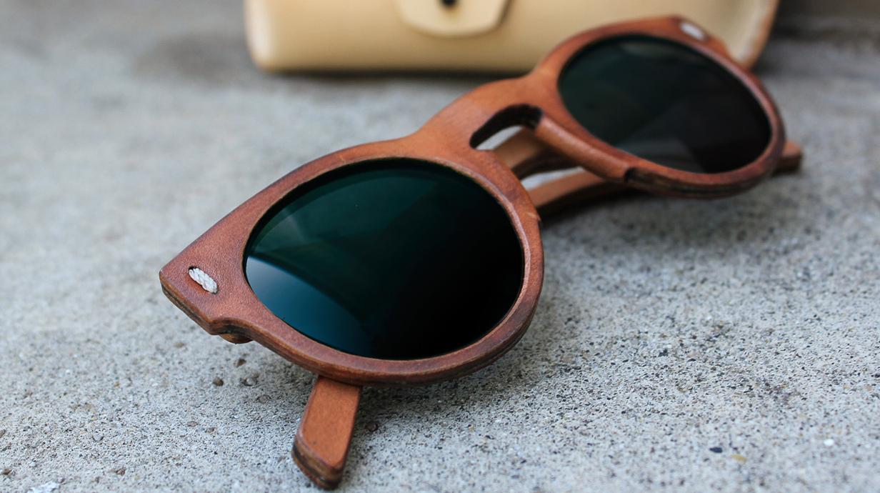 diese sonnenbrillen bestehen zu fast 100 aus leder. Black Bedroom Furniture Sets. Home Design Ideas