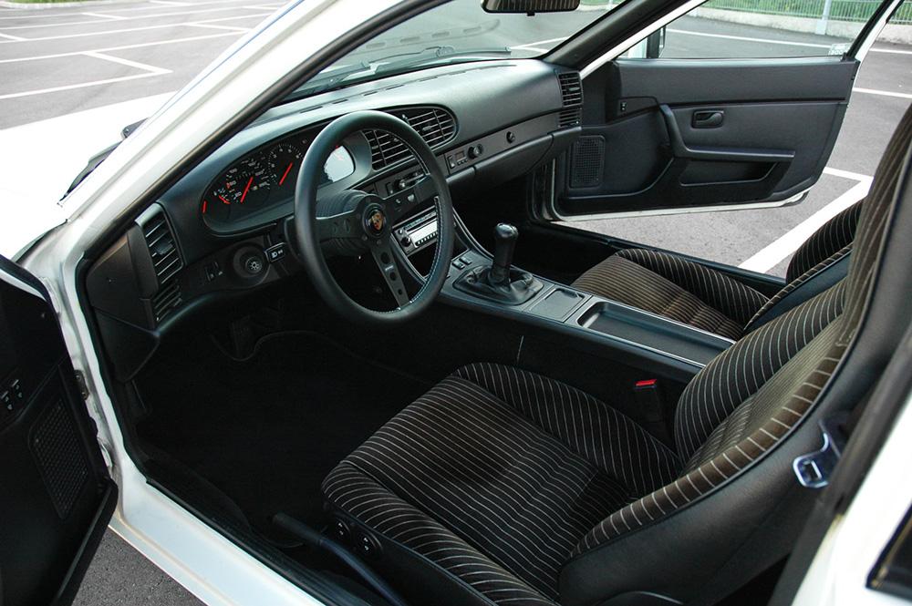 Porsche 944 S weiß zu verkaufen 1986 16