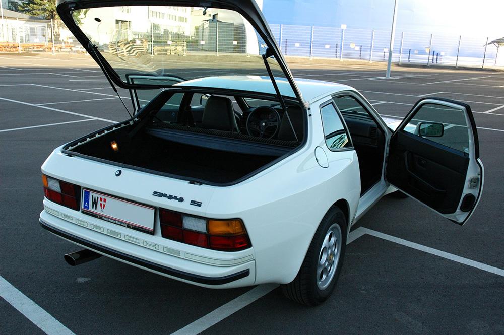 Porsche 944 S weiß zu verkaufen 1986 20