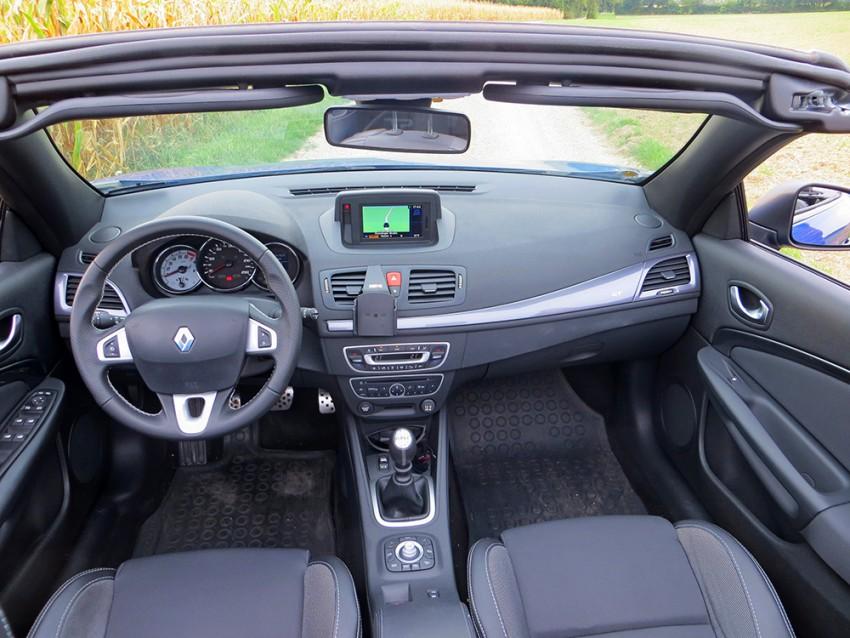 Renault Megane CC GT 2010 1