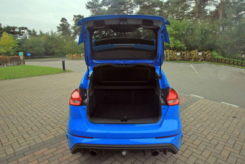 Ford-Focus-RS-(109)