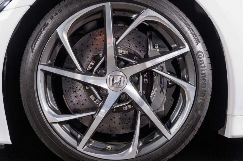 Honda-NSX-2015-15