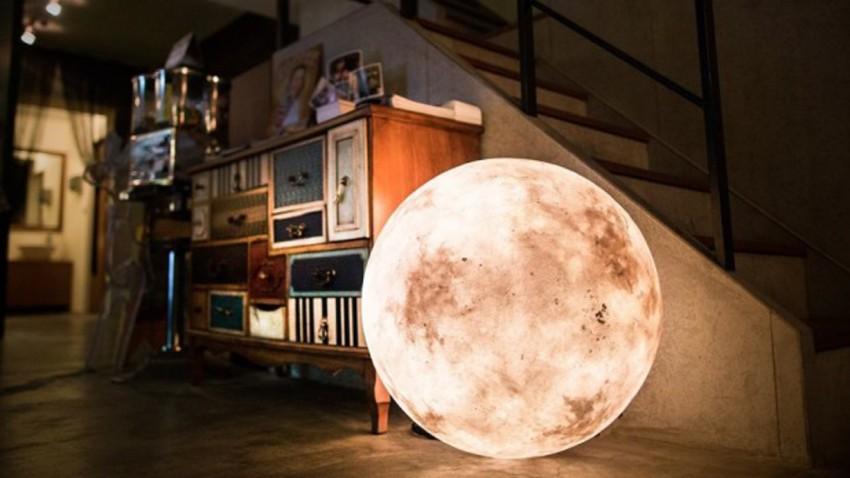 Lampe für Mondanbeter