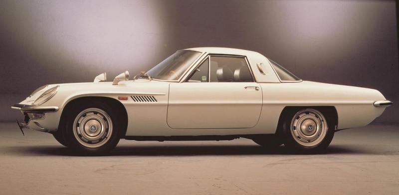 Mazda-Cosmo-110S---1