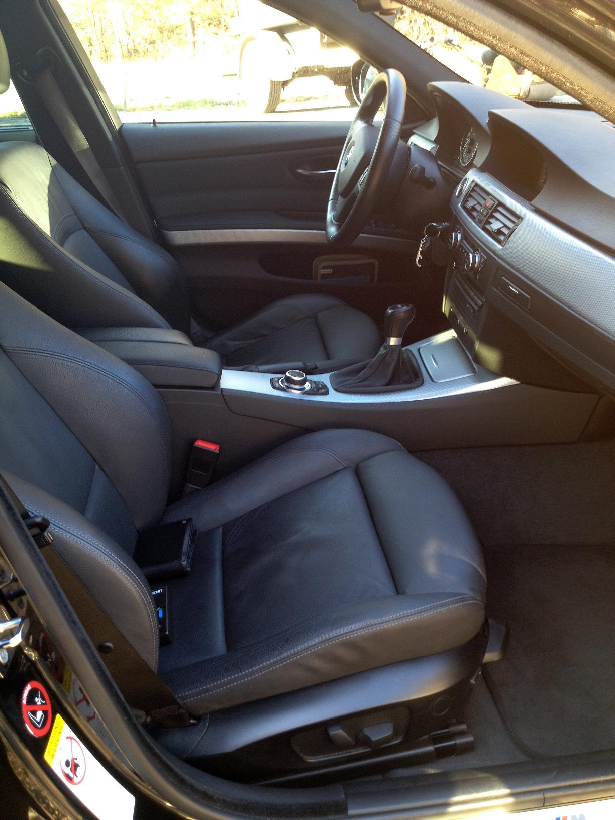 BMW-330i-xDrive-Touring-E91-2008-2