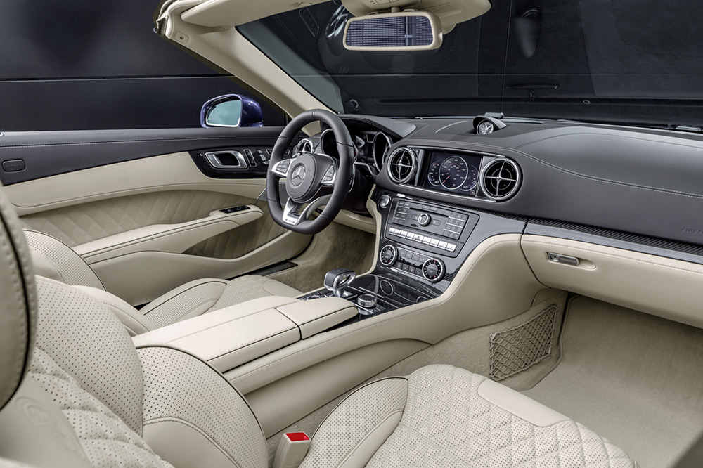 Mercedes-AMG SL 65, Polsterung: Nappaleder Porzellan, Zierteile AMG Carbon