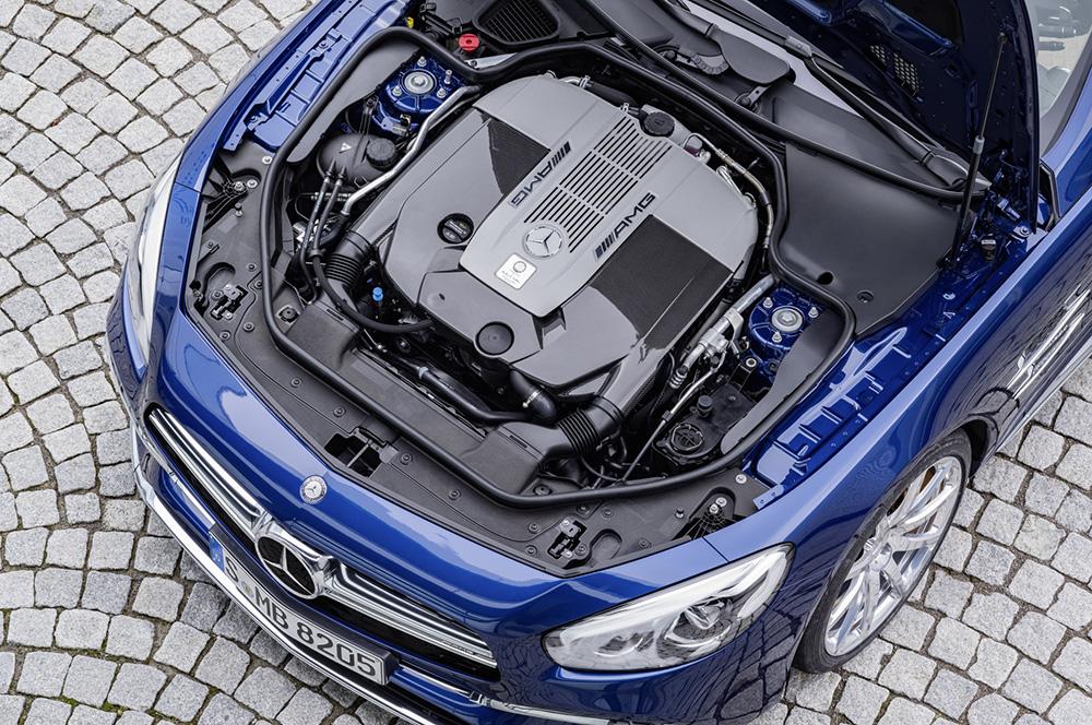 Mercedes-AMG SL 65, Brilliantblau, V12-Biturbomotor, 463 kW (630 PS), 1000 Nm