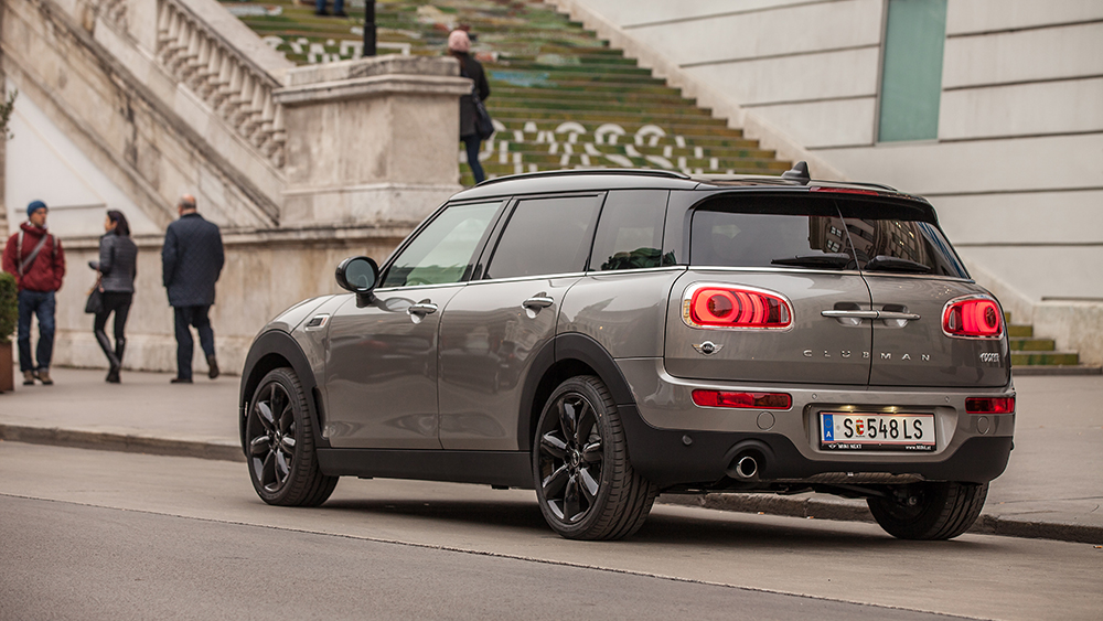 mini cooper clubman 2016 klasse streckt sich. Black Bedroom Furniture Sets. Home Design Ideas