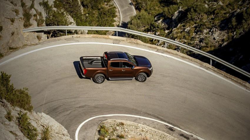 Nissan Navara - Aufi aufn Berg