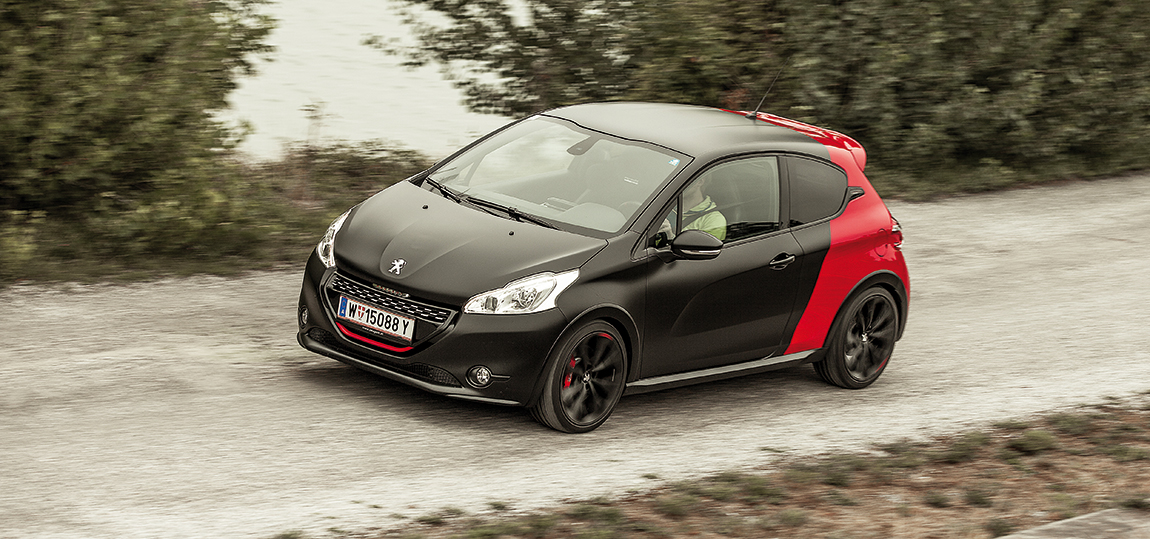peugeot 208 gti by peugeot sport im test. Black Bedroom Furniture Sets. Home Design Ideas