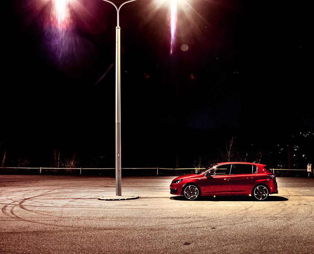 Peugeot-308-GTi-09
