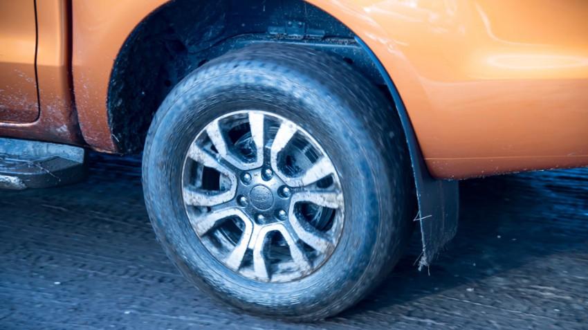 Ford-Ranger-3.2-TDCi-(14)