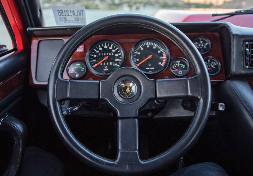Lamborghini LM002 1989 (8)