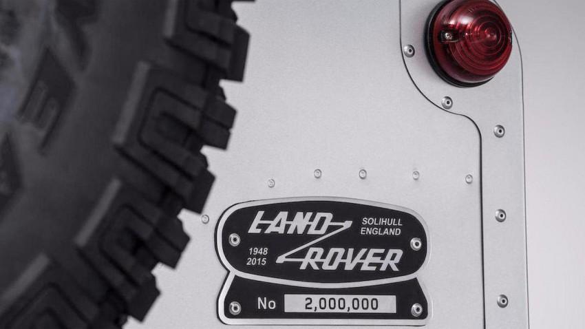 Wie viel würdet ihr für den zweimillionsten Land Rover Defender zahlen?