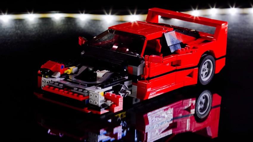 So werden 1.158 Lego-Einzelteile zu einem Ferrari F40