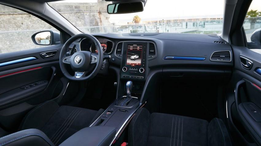 Renault-Megane-GT-18