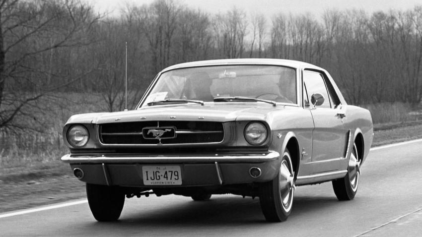 Replicas. Neue alte Autoklassiker in den USA