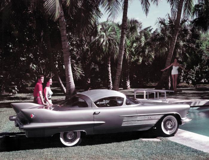 1954_Cadillac_El-Camino_Dream_Car_01